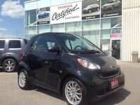 2011 smart fortwo PURE MODEL IS A GAS SAVER. GREAT CONDITION.