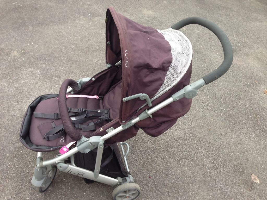 Mumas and papas stroller buggy pushchair cheap as cost £160