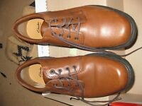 Size 11 Men's Brown Clarks Shoes, worn once