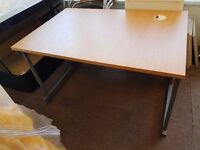 Office desk, 15 chairs and 4 low coffee/magazine tables