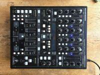 Behringer Digital Pro Mixer: DDM4000