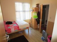 LARGE DOUBLE BEDROOM & DOUBLE BED SHARED HOUSES CLOSE TO QUEENS FREE WIFI PHONE TODAY & VIEW TODAY