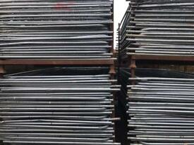 TEMPORARY HERAS FENCING PANELS X 50 > USED