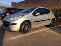 Peugeot 207 s 1.2 Petrol car with MOT till October 2017 and a full service