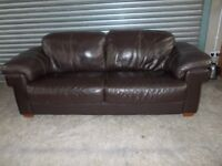 Large Brown Leather 3-1-1 Suite (Sofa)