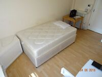 Great studio flat for single or couple situated in the heart of Russell Square close to amenities