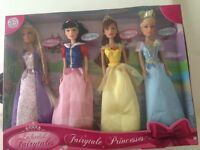 Disney Princess dolls set for 4