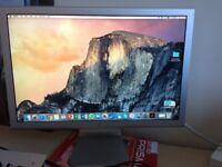 "Apple Cinema A1081 20"" Widescreen LCD Screen"