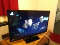 EXCELLENT 32 INCH PANASONIC LIGHTWEIGHT HDMI USB FREE VIEW TV