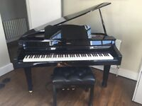 Roland RG-3 Digital Mini Grand Piano + adjustable Roland stool