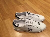 Sergio Tacchini new White shoes perfect condition