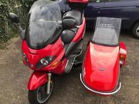 Piaggio X9 250 and Squire Sidecar