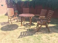 Hardwood garden furniture 6 chairs and table - excellent condition!