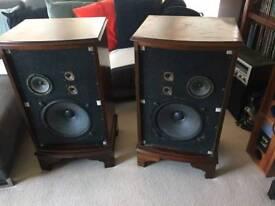 Vintage Dynatron speakers