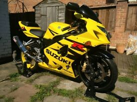 Gsxr600 Yellow-black 2004 26k mile