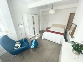 Stunning room to rent in Streatham Common. Fully furnished. ALL BILLS INCLUDED.