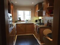 DOUBLE ROOM to let in 3 bedroom share flat - SHORT TERM - Charminster