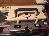 Empisal Knitmaster 700 Knitting Machine