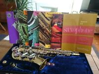 Boosey & Hawkes Alto Sax with beginners books
