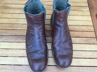 Cat raw Chelsea boots dr brown Zachery raw boots never used size 9