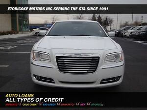 2012 Chrysler 300 ONLY 33000 KM, EXTREMELY LOW MILEAGE