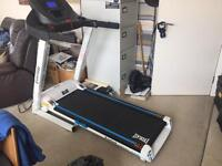 Everlast Motorised Treadmill, Smart XV9, power incline