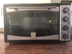 Good condition, seldom used. Andrew James 33l mini combi Oven