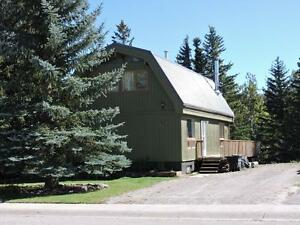 Hinton, AB- Lindal design one of a kind, backing onto Greenspace