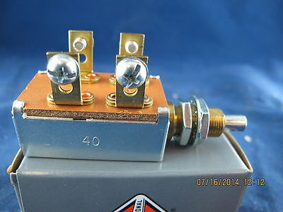 Momentary Push Military  Aircraft Sensitive Switch 58.79 Cost 093101000 Bb25