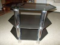 Corner TV stand in black glass