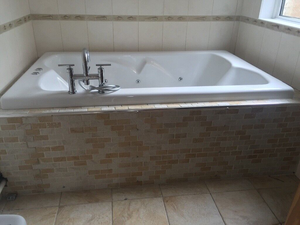 Used big bath tub in good condition | in Southampton, Hampshire ...