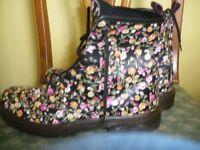 Ladies Aldo floral Boots (worn once UK 8)