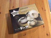 Tommee Tippee Electric Breast Pump (incs 3 Ultra bottles)
