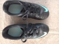 Boys football trainers size 13 nike