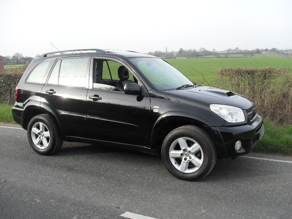 2005 toyota rav4 xts d4d 2 litre turbo diesel black leather air con sat nav full service history. Black Bedroom Furniture Sets. Home Design Ideas
