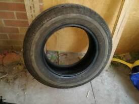 Avon av11 commercial van tyre 225 65 16c