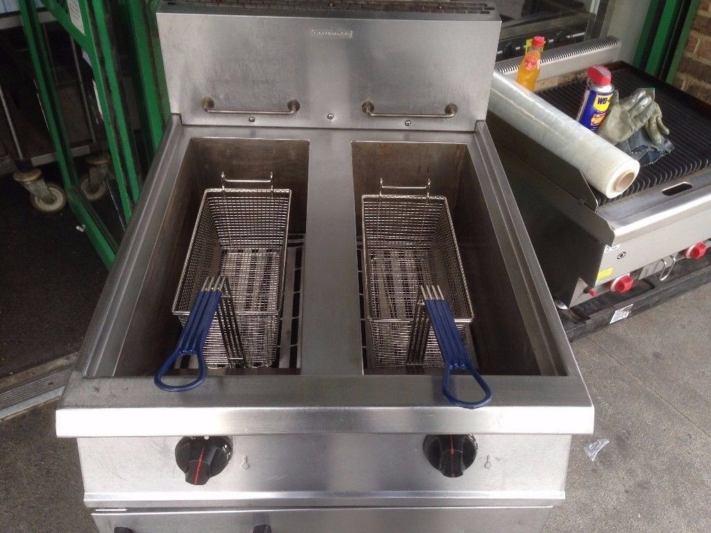 CATERING COMMERCIAL TWIN TANK GAS FRYER RESTAURANT CUISINE CAFE SHOP TAKE AWAY FAST FOOD KEBAB CAFE