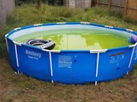 12 Foot Family pool £40
