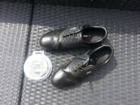 Dunlop 65i Men's Leather Black Golf Shoes.Size Uk 9 Used & Pk of New Grip Studs
