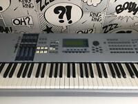 Yamaha MOTIF ES8 88 key synthesizer