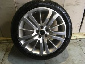 ALLOYS X 4 OF 20 INCH GENUINE RANGEROVER HSE OR DISCOVERY IN EXCELLENT CONDITION WITH PIRELLI TYRES