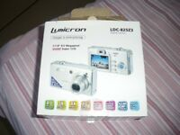 LUMICRON 8MP x2 (SPARES or REPAIR) Offers