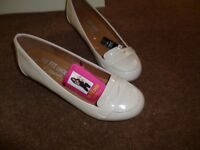 Next Shoes in Beige size 6 new never worn
