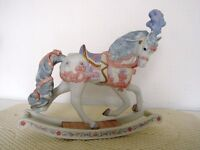 BROOKS & BENTLEY Beautiful Ornamental Horse - Rocking Horse with an overall height of 18cm