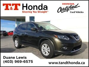 2014 Nissan Rogue SV *Low KM'S, Heated Seats, Local Trade*