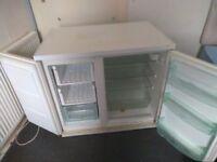 side by side fridge freezer