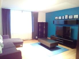 2 Bedroom Fully Furnished Flat for Rent in Quiet Cul de Sac Close to Shops and Amenities