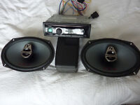 Alpine CDE-173BT CD Radio Bluetooth Flagship model with Alpine speakers