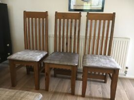 Six dining room chairs £50 in good condition collection only