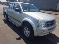 ISUZU TRUCK DOUBLE CAB 5 SEATS WITH 3.0 TURBO DIESEL ENGINE 4X4 POWER